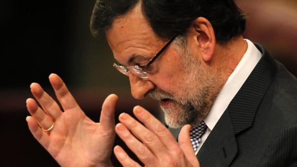 In Spagna si volta pagina. I socialisti non si opporranno al governo Rajoy