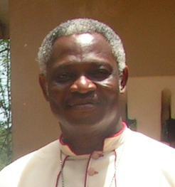 Afrikanischer Bischof mahnt: Endlich Ursachen der Auswanderung bekämpfen!