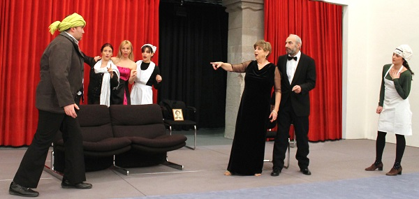 Il piccolo teatro mario tartarotti con tredici a tavola ovvero una cena impossibile al - Tredici a tavola superstizione ...