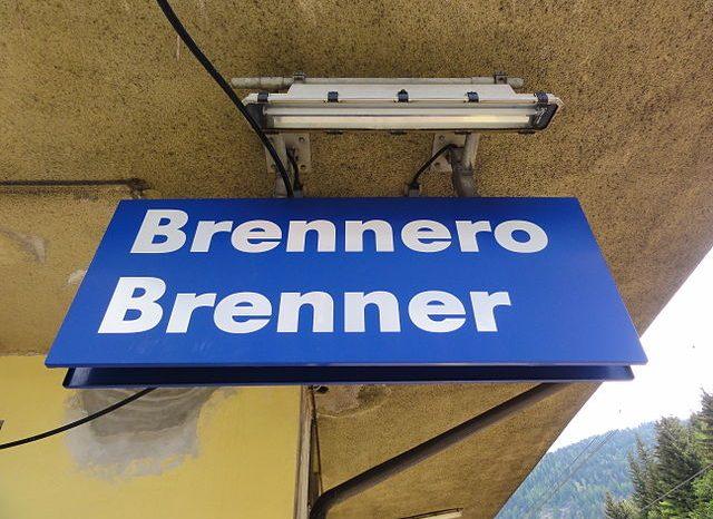 Bolzano. Barriera al Brennero, l'Austria intensifica i controlli, grandi preoccupazioni dal mondo dell'economia