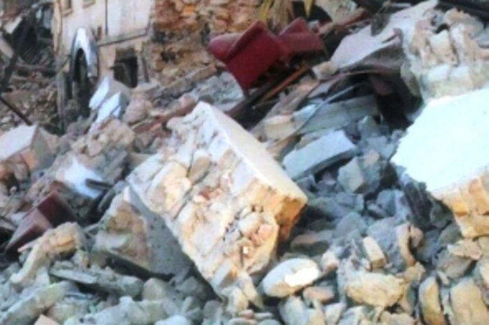 L'Aquila. Forti scosse di terremoto in tutta l'Italia centrale.