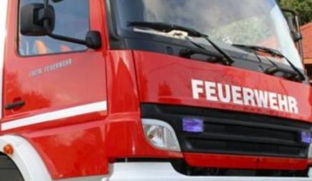 Incendio a Scezze, intervengono i pompieri