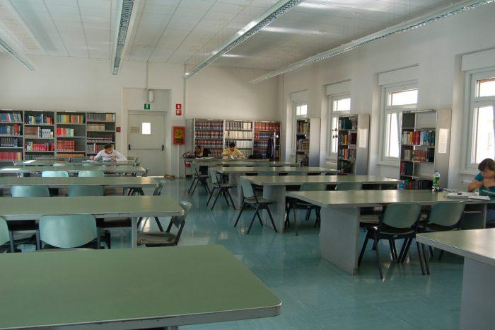 Bolzano. Chiusura prestito in Biblioteca Civica