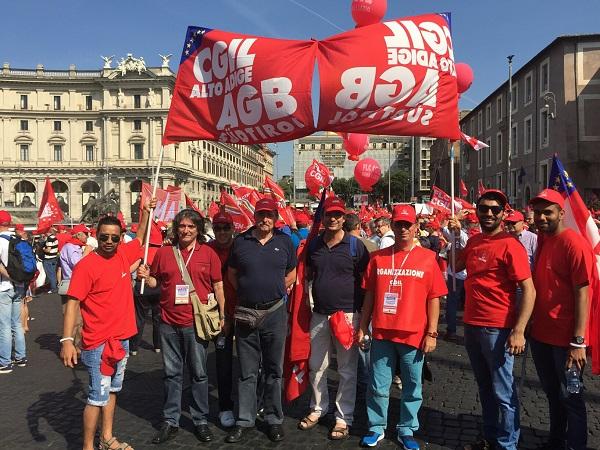 In 500 dall'Alto Adige a Roma per manifestare per il lavoro