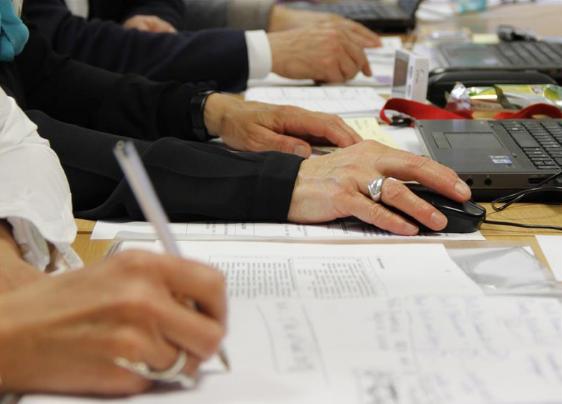 Bolzano. Digitale, trasparenza, gestione dei conflitti sono tra i temi del programma 2018 di formazione e aggiornamento del personale provinciale approvato dalla Giunta