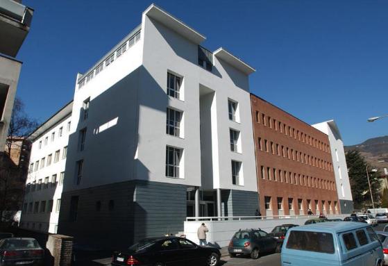 Bolzano. La giunta approva la proposta dell'assessore Achammer, nasce la Direzione istruzione e formazione tedesca che prenderà il posto del Dipartimento