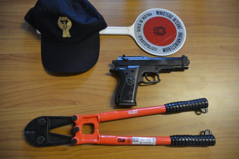 Bolzano. La Squadra Volante blocca tre persone e sequestra una tronchese cesoia e una pistola giocattolo