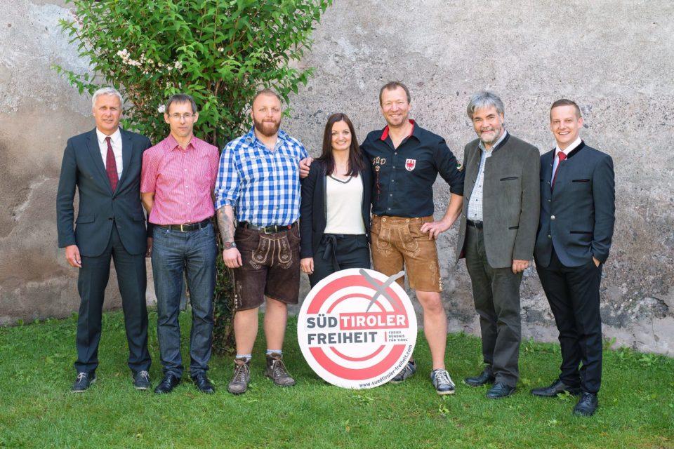 Süd-Tiroler Freiheit Pustertal, Start mit Wahlinfoständen in nördlichster Gemeinde