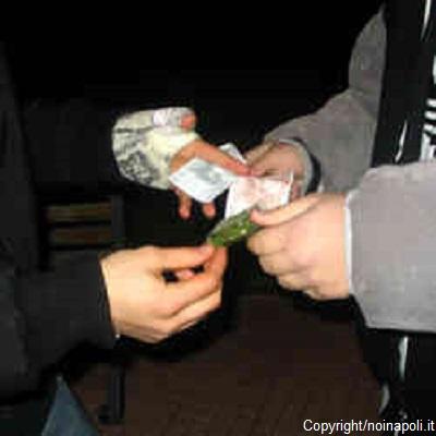 Bolzano. Arrestati tre trafficanti e sequestrati alcuni chilogrammi di hashish